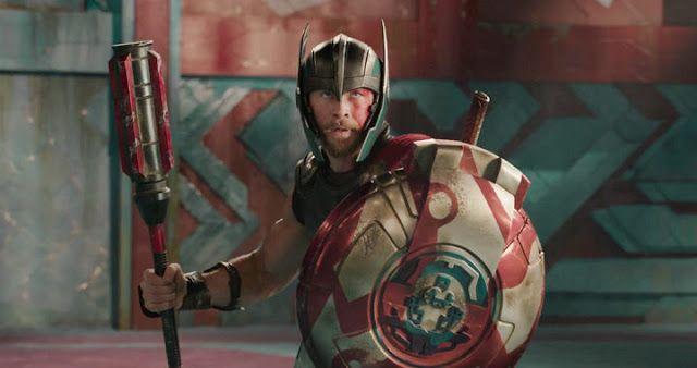 Thor: Ragnarok acaba de estrenar su primer avance oficial con casi dos minutos de esta tercera entrega que cerrará la trilogía del dios de...