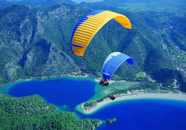 Fethiye (Babadağ'da yamaç paraşütü, Likya yolunda trekking, sualtı dalışı , wind-surf, su kayağı, jet-ski, parasail, ringo, kano-kayaking, binicilik).