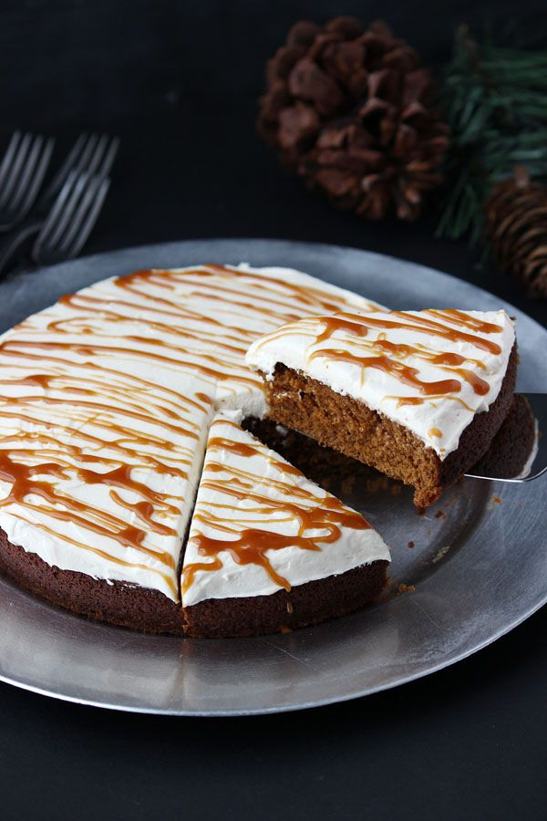 Gingerbread Cake with Molasses Buttercream {Holiday Classic}