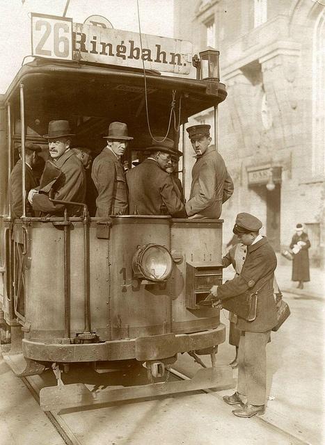 Berlin tram 1920 by janwillemsen