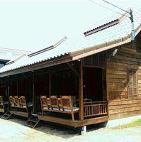 Joom Malee Guesthouse  http://goo.gl/KLNzzl