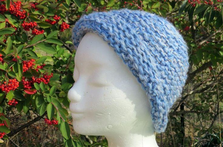 Bonnet bleu chiné tout simple en mélange de laines