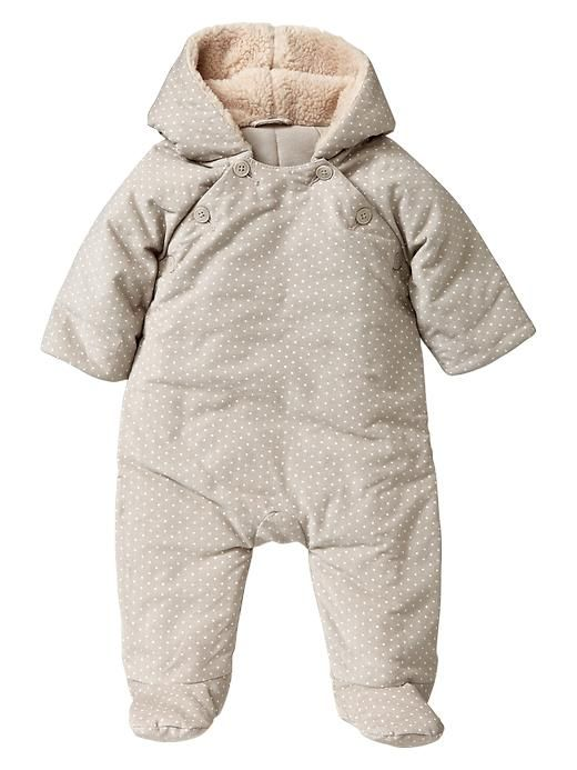 8 Cute Cold Weather Clothing Basics For Babies