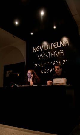 Invisible Exhibition - Neviditelná výstava Foto