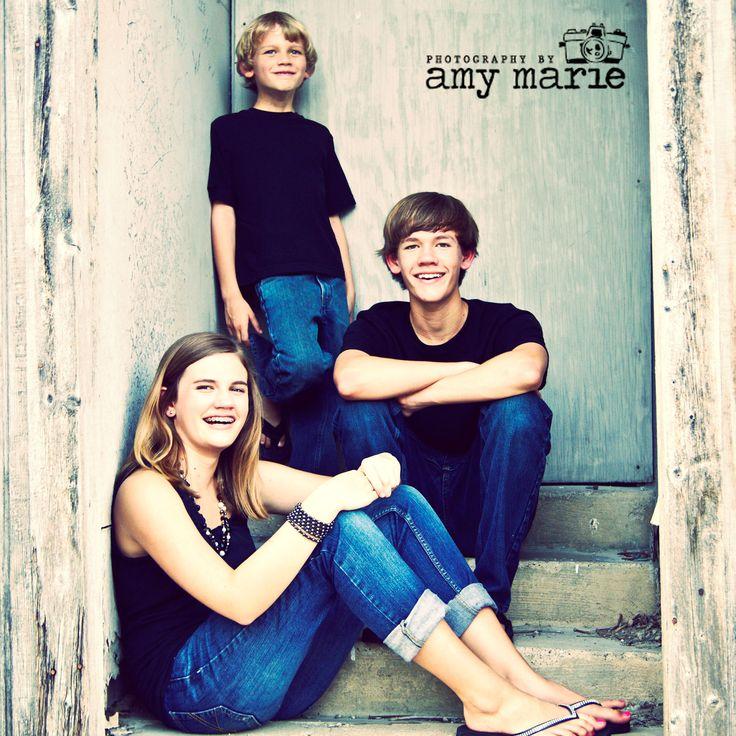 siblings on stairs