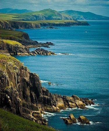 Dingle, Ireland It's just breathtaking.
