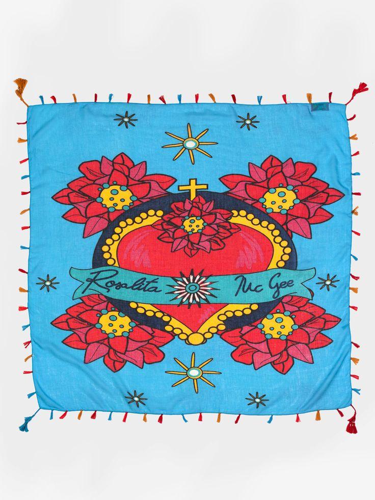 #pashminarosario #pashmina #fular #panuelo #pashminazul #bluepashmina #heart #mexicanpashmina #flowers #summerpashmina #flores www.rosalitamcgee.com