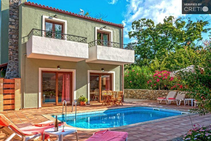 Unique family villa in a lovely green environment, Inachori   Cretico