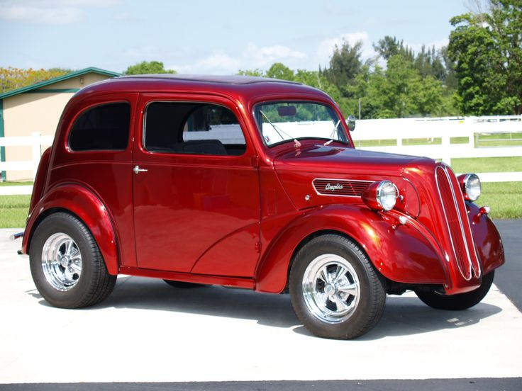 Ford Anglia / street rod /The Ford Anglia is a British car ...