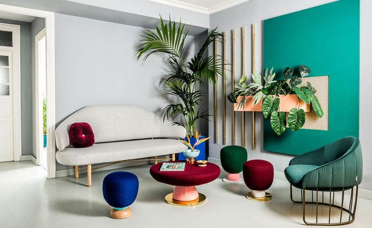 Colour can be a scary business, but not so for Masquespacio founders Ana Milena Hernández Palacios and Christophe Penasse. The Valencia-based design studio relish the opportunity to pair hues and explore tonalities, pushing vignettes to the extreme an...