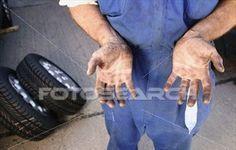 A Gerente do Lar: Como retirar manchas de Graxa/Óleo de motor