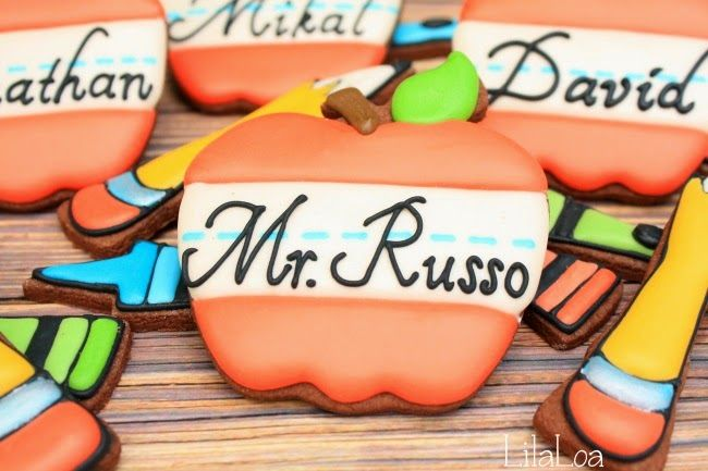LilaLoa: Apple Name Card Cookie Tutorial for Back to School