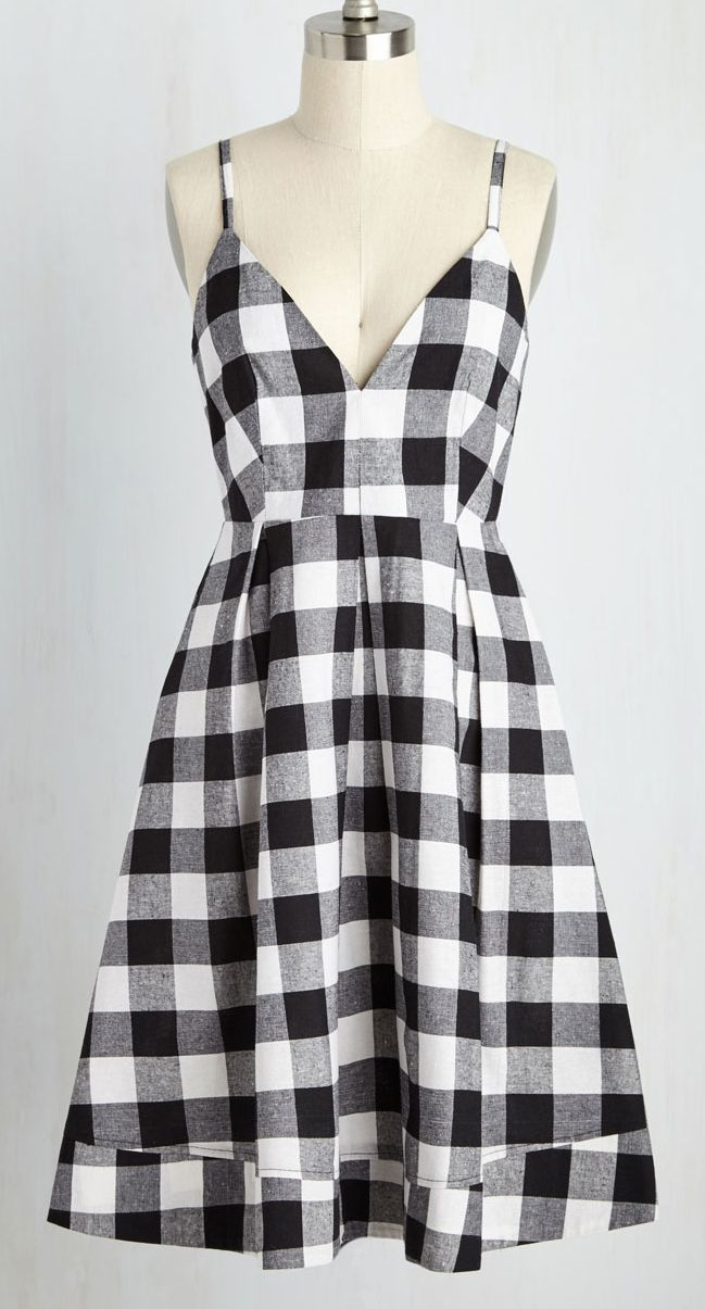 Love this classic gingham dress. Perfect with a cardigan in the fall.