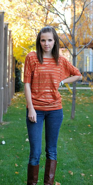 Easy tutorial for sewing a slouchy top. Only need 1.5 yards of stretch knit.