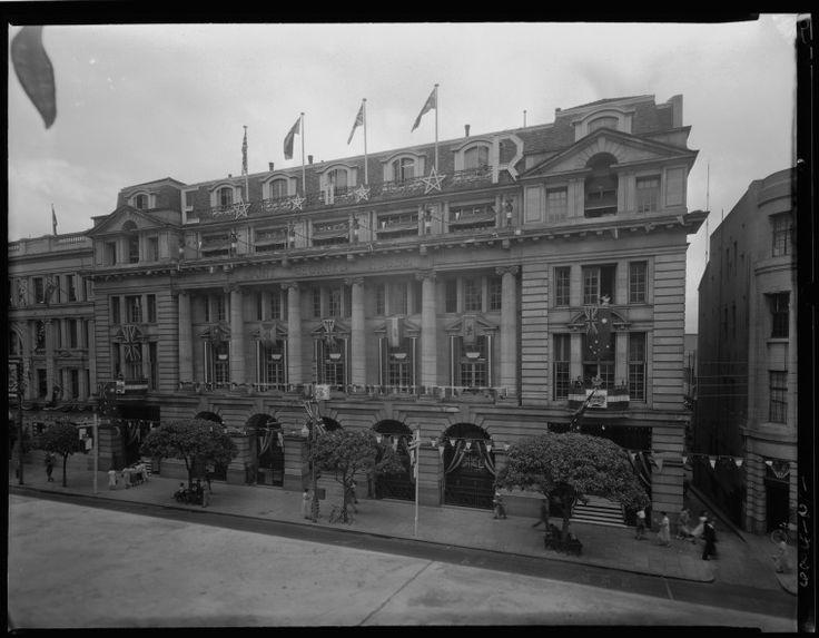 102715PD: Saint George's House, 115-123 St George's Terrace, 1954. http://purl.slwa.wa.gov.au/slwa_b2487963_2