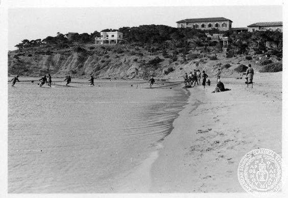 Ψαράδες στην παραλία της Βουλιαγμενης το 1934 Φωτό: Dorothy Burr Thompson
