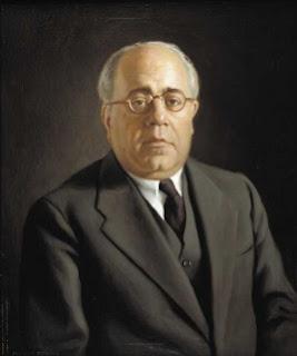 Presidente del Gobierno de España (1931-1933, 1936) y presidente de la Segunda República Española (1936-1939).