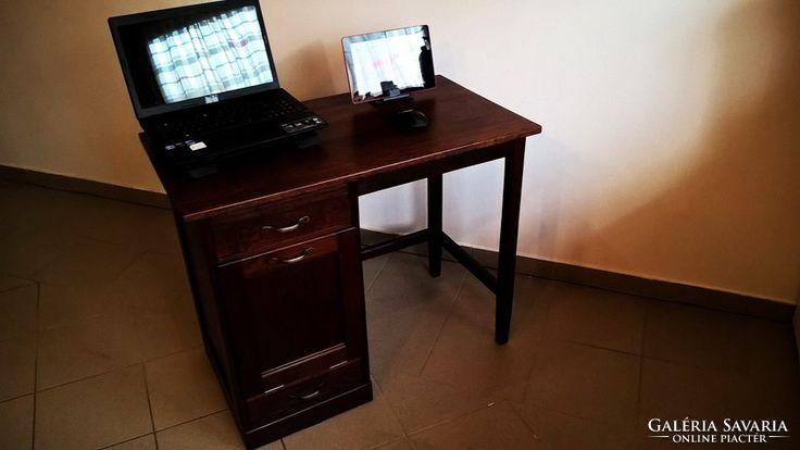 Kisméretű Lingel Antik Íróasztal
