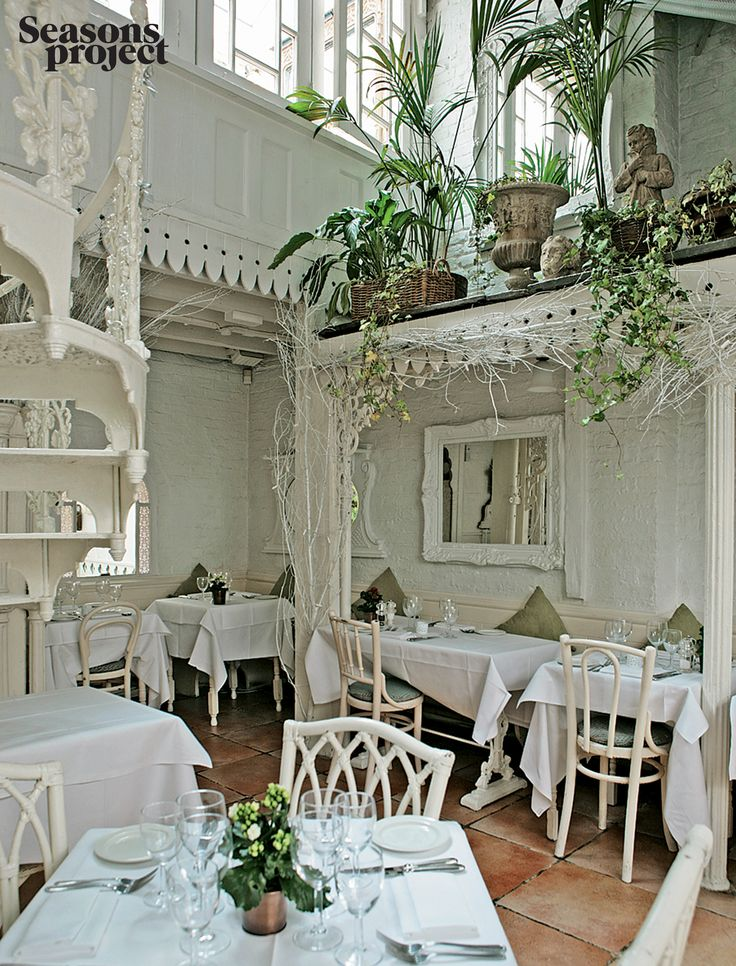 Seasons of life #60/ Spring 2009 issue  #seasonsproject #seasonsoflife #interior #design #white #green #restaurant #light #chairs #nature