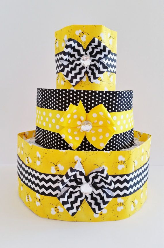 Cute as can Bee Diaper Cake Mommy to Bee by LilLoveBugsCreations, $55.00