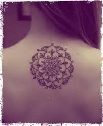 Resultado de imagen para tatuajes de mandalas para mujer