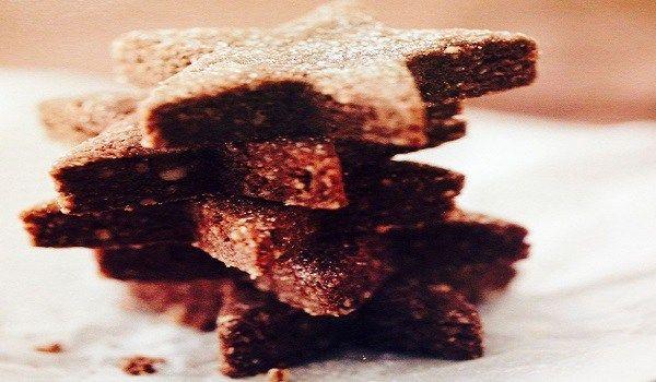 Χριστουγεννιάτικα μπισκότα βουτύρου | Anonymoi.gr