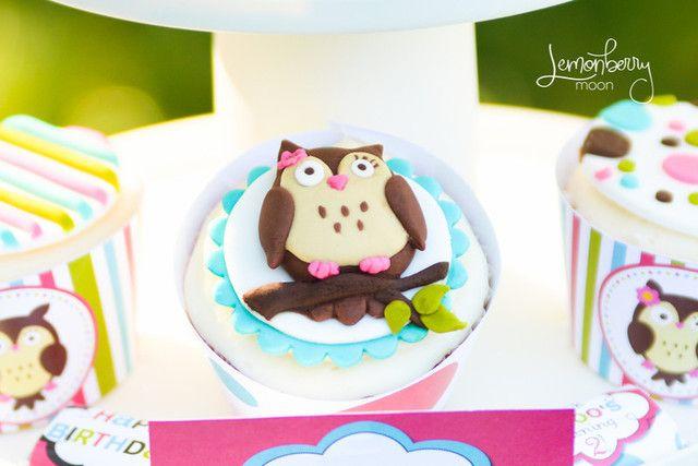 Owl Birthday Cupcakes #owl #cupcakes