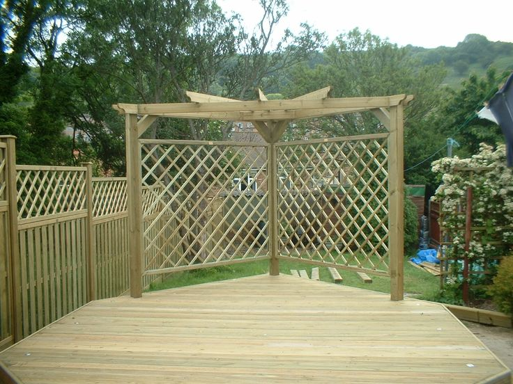 29 best images about garden screens on pinterest gardens for Wooden garden screen designs