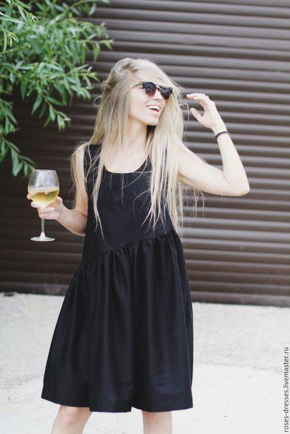 Купить или заказать Платье свободного кроя 'Black style' в интернет-магазине на Ярмарке Мастеров. Легкое водушное платье. Выполнено из хлопка с добавлением нити стрейч. Платье пышное, струится и играет в движении. Универсальная. Подойдет как для похода в театр, украсив туфельками и клатчем, так и для прогулки по морскому побережью в теплый летний день.