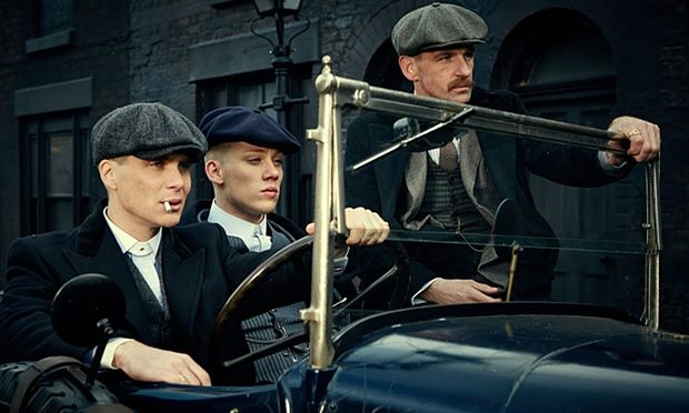 Peaky Blinders (TV Series, 2013) - Cillian Murphy (l), Joe Cole, Paul Anderson (r). Joe Cole, born on November 28, 1988; actor, known for Green Room (2015), Secret in Their Eyes (2015, character: Marzin / Beckwith), and Peaky Blinders (2013).
