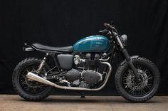 Triumph Thruxton modern build vintage look bike
