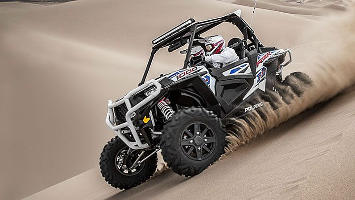 2015 Polaris RZR XP 1000 EPS High Lifter Edition : Features