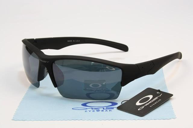 Oakley Bottle Rocket Sunglasses matte black frames black lens on sale online, save up to 90% off on the lookout for limited offer, no taxes and free shipping.#oakley #oakleysunglasses #sportsunglasses #sunglasses #ok #o
