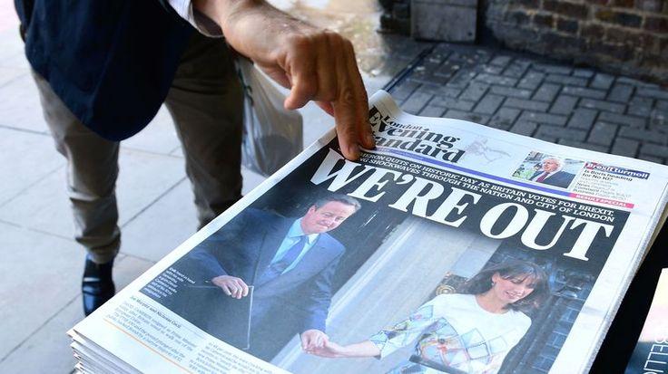 Brexit : Wenn Politik am Stammtisch entschieden wird Mit Parolen, Drohungen und Lügen haben Populisten die Entscheidung über den Brexit beeinflusst. Bei einem so komplexen Thema hätte es kein Referendum geben dürfen. Von Tanja Dückers