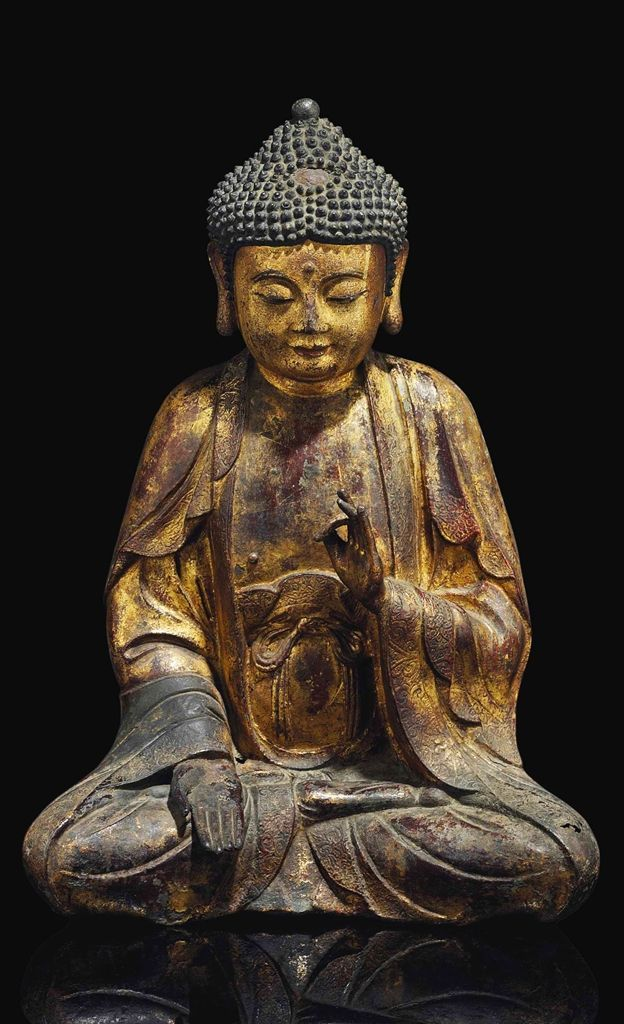 BRONZE FIGURE OF BUDDHA - CHINA, MING DYNASTY, 16TH CENTURY.