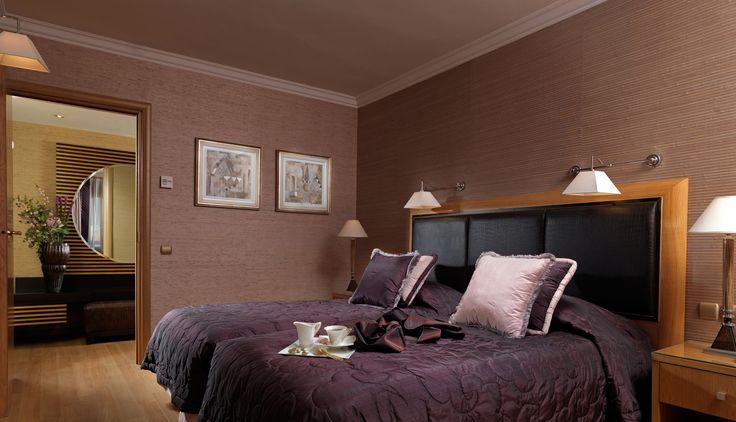 2nd Bedroom #PresidentialSuite815 #Divani Caravel