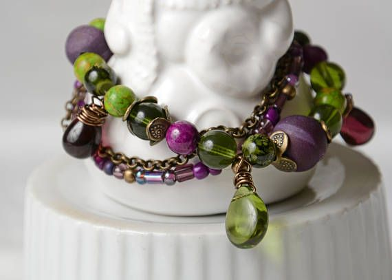 Bracelet glass beads agatte green and aubergine.