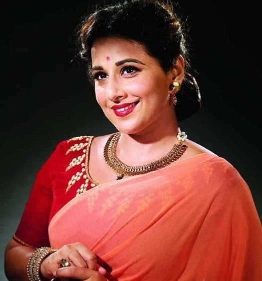 "First Look: Vidya Balan to feature as Geeta Bali in the film ""Ek Albela"" - Cine Newz"