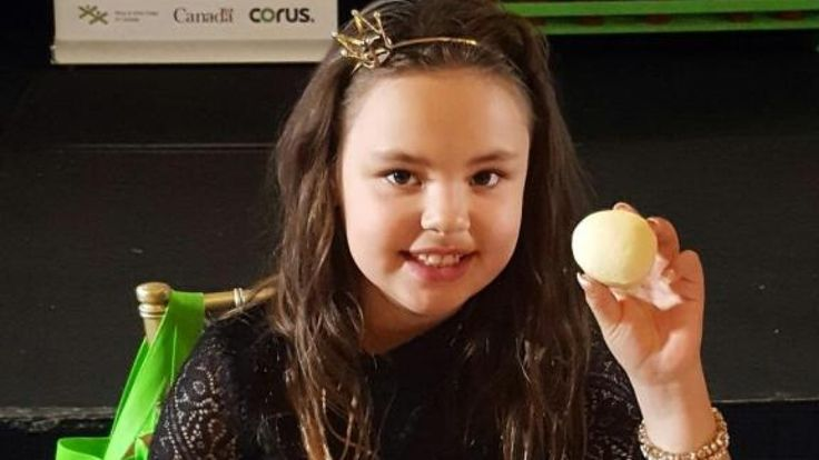 Canadian news headlines      (adsbygoogle = window.adsbygoogle || []).push();    Jazmine Uki Akeeagok is just eight years old.  But her homemade bannock recipe was featured on a menu at a gala last month, at the luxurious Fairmont Chateau Laurier hotel in Ottawa.    Jazmine's ba... #Weather #videos