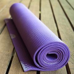 Une substance dans les meubles rembourrés et les matelas de yoga réduit la fertilité