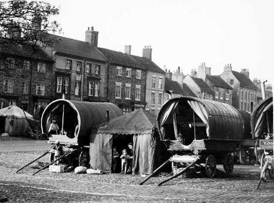 Gypsy caravans. Yarm, High Street Stockton-on-Tees, England. source