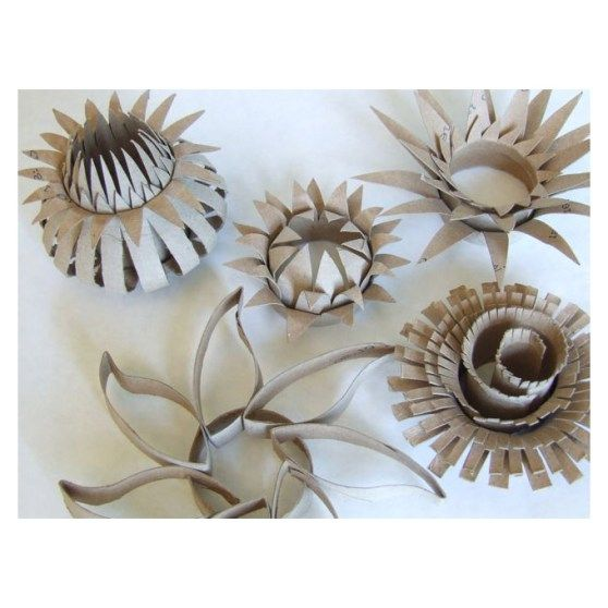 165 best images about toilet paper rolls on pinterest for Cardboard tube flowers
