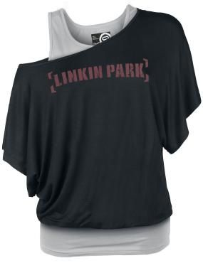 Linkin Park T-shirt from the R.E.D. by EMP Signature Collection:  - Double layer look - Front and back print - Boat neck - Batwing sleeves - Loose fit  The name Linkin Park stands for awesome music, cool live shows, and good times. As a loyal fan of the Californian band, this Linkin Park T-Shirt from R.E.D. by EMP Signature Collection is perfect! The name of the band is emblazoned in bold letters on this airy shirt.