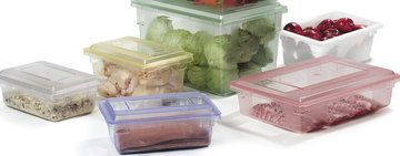 It's essential for any restaurant, cafe, or hotel to keep bulk food sealed in proper food storage containers to preserve freshness and taste. To keep your food fresh, separated, and ready for transport, use our restaurant food storage & transport pro