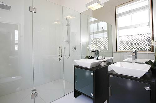 Give Your Bathroom a Facelift it needs!