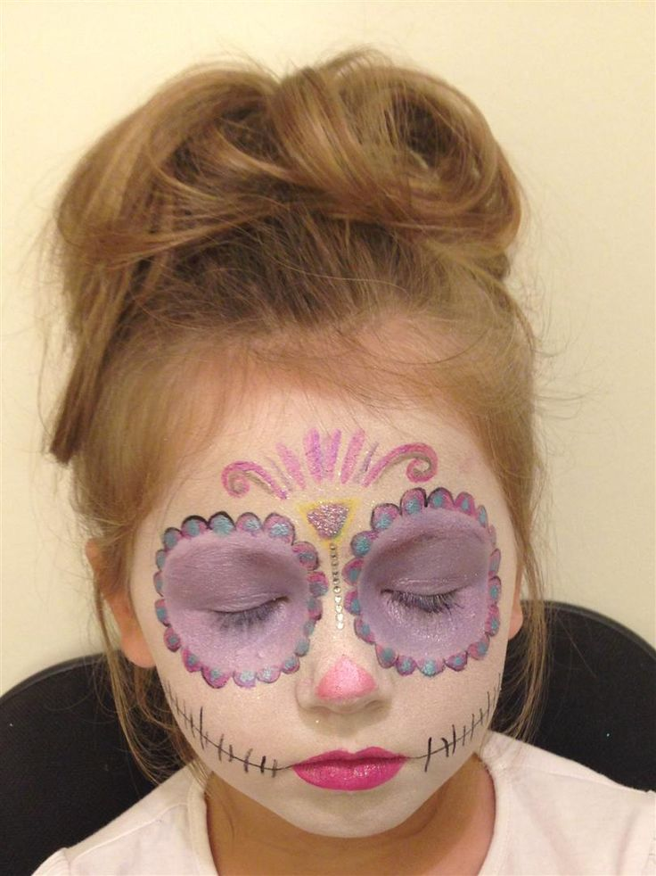 Halloween Sugar Candy Skull facepaint makeup tutorial & step by step - http://thedollz.co.uk/dollz-tutorial-halloween-candy-skull/