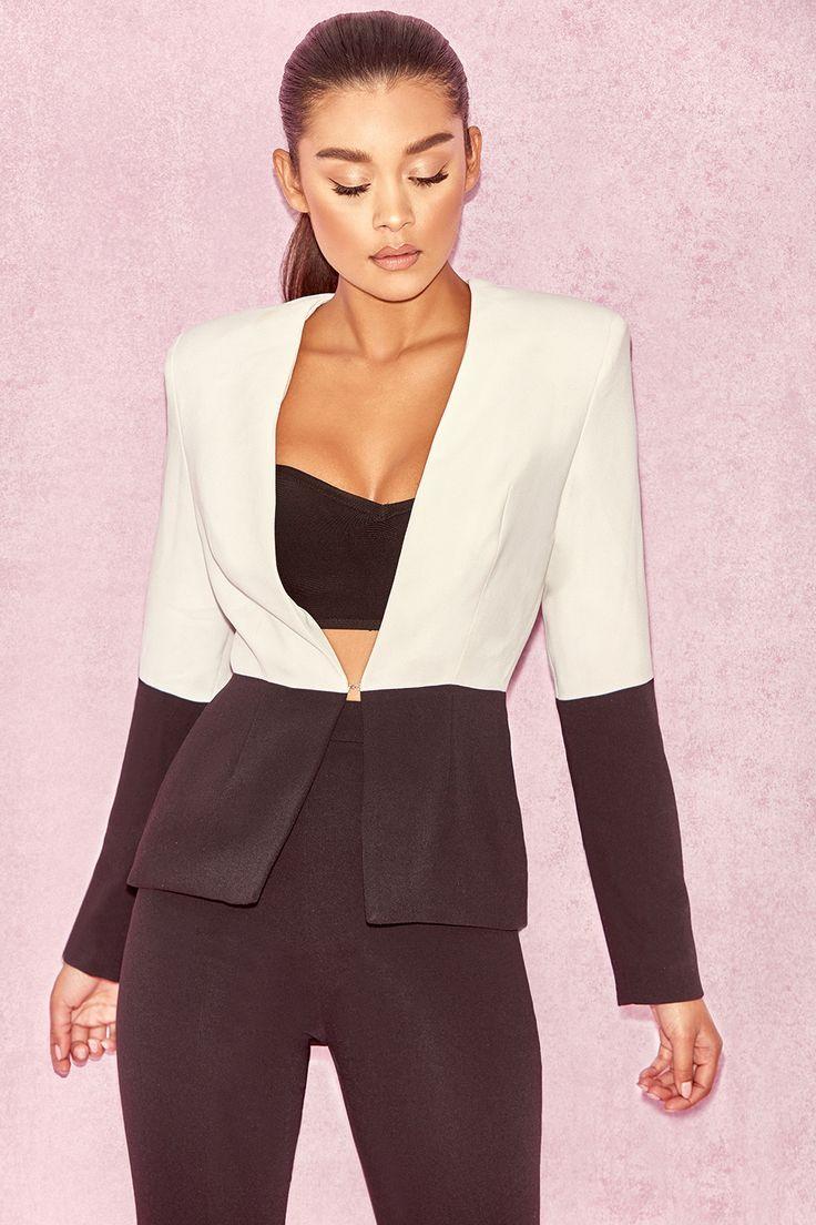 2 Teiler : `Mereil` Schwarz & Weißer Anzug mit Schlitz