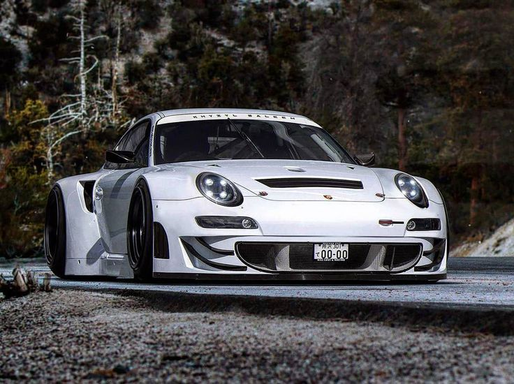 """3,881 curtidas, 31 comentários - Khyzyl Saleem (@the_kyza) no Instagram: """"The final member of the squad. Ex-2012 Porsche GT3 RSR (Didn't have time to over-paint a newer GT3…"""""""