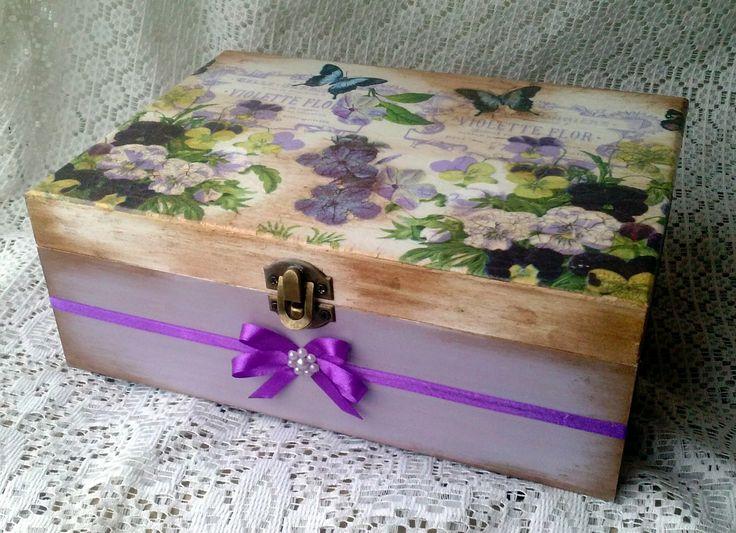 Cutie de bijuterii ''Violet butterfly''