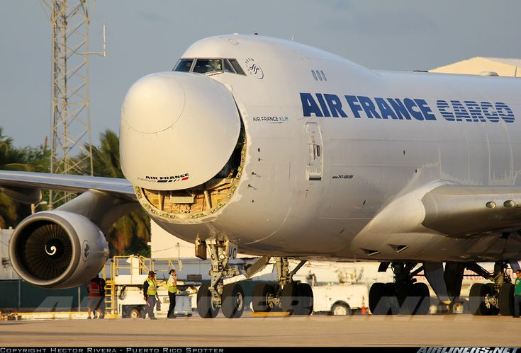 Smile for the camera! :D Air France Cargo 747